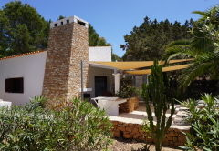 CASA PARAISO - 3 Bedrooms, Paraiso de los Pinos, Migjorn. COMMUNAL SWIMMING POOL