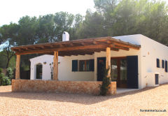 CASA PINOPLAYA - 2 bedroom villa - Casbah, Close to Playa Migjorn