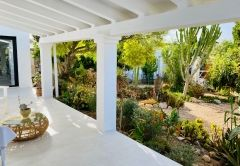 CASA PAZ - 3 bedroom countryside house, Cala En Baster